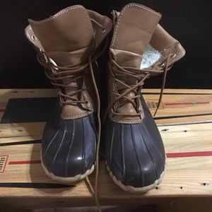 Outwoods lined duck boots
